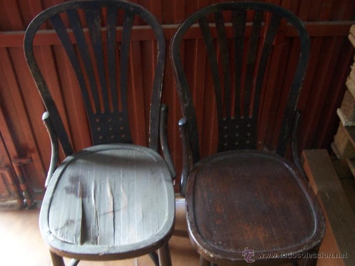 Antigüedades: Juego de 6 sillas muy antiguas de barberia o cafeteria para restaurar - Foto 24 - 40673710