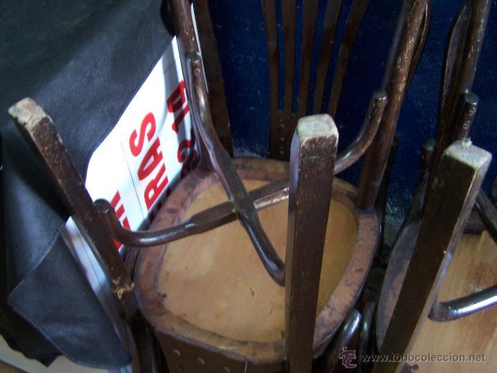 Antigüedades: Juego de 6 sillas muy antiguas de barberia o cafeteria para restaurar - Foto 28 - 40673710