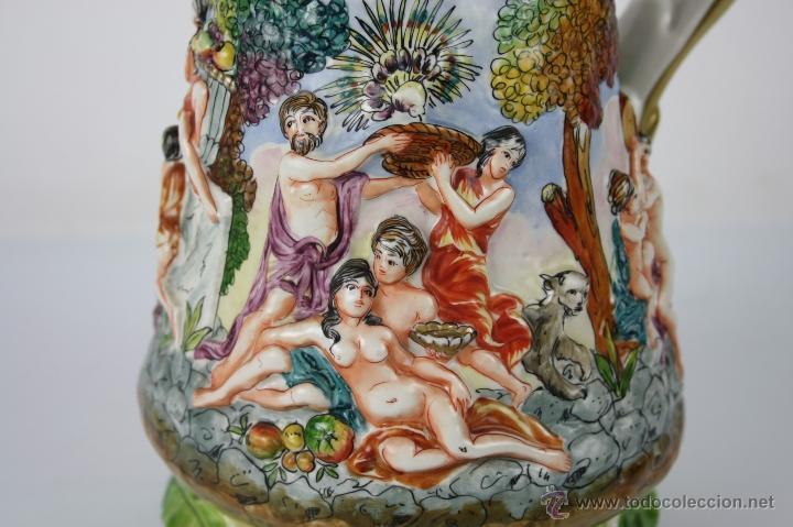 Antigüedades: JARRA ESTILO CAPODIMONTE - REPRESENTANDO BACANAL - SIGLO XIX - MARCAS EN LA BASE - Foto 2 - 40691602
