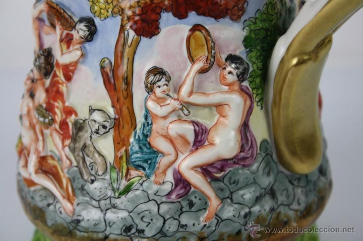 Antigüedades: JARRA ESTILO CAPODIMONTE - REPRESENTANDO BACANAL - SIGLO XIX - MARCAS EN LA BASE - Foto 3 - 40691602