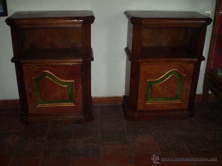 PAREJA DE MESILLAS S XX (Antigüedades - Muebles Antiguos - Mesas Antiguas)
