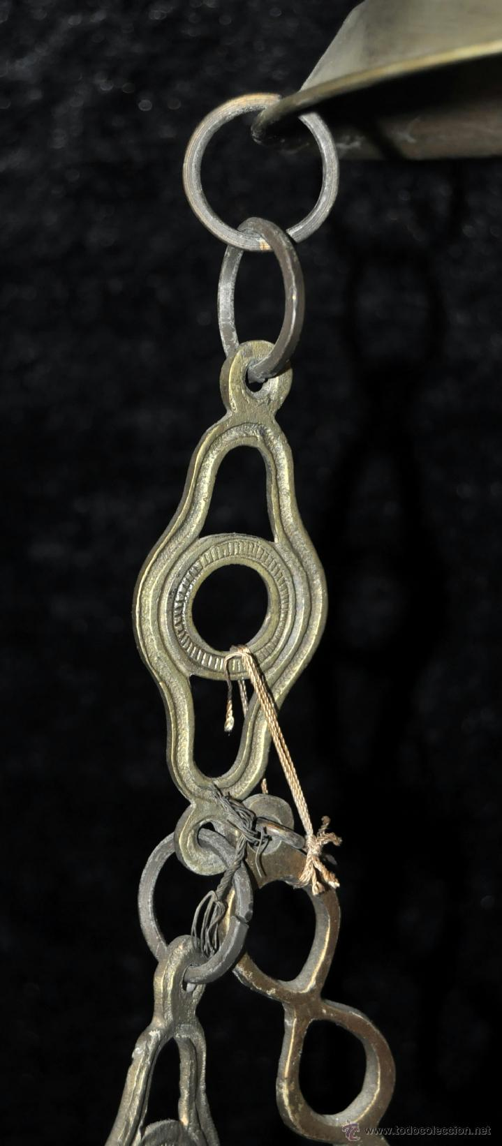 Antigüedades: LAMPARA VOTIVA REALIZADA EN BRONCE DE PRINCIPIOS DEL SIGLO XIX - Foto 10 - 40717857
