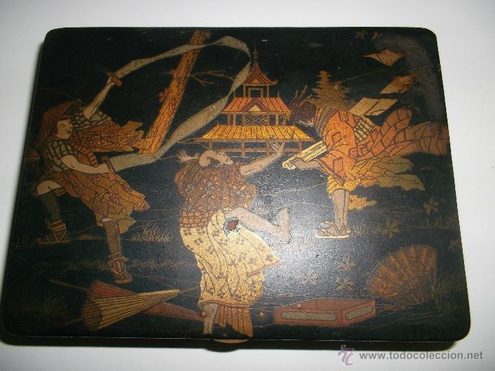 CAJA DE MADERA LACADA (Antigüedades - Hogar y Decoración - Cajas Antiguas)