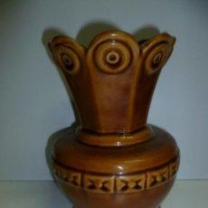 Antigüedades: BONITO JARRON DE 17 CM DE ALTURA.. Lote 40841979