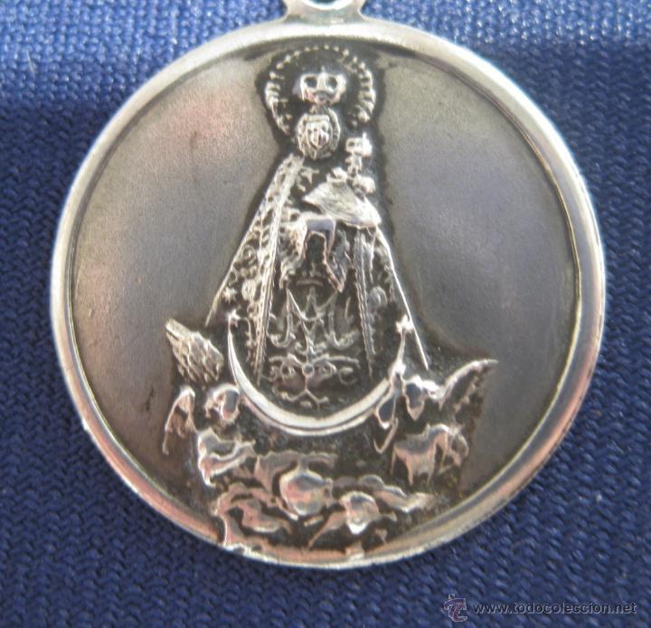 Antigüedades: ANTIGUA MEDALLA EN PLATA DE LA VIRGEN DE LOS LLANOS, PATRONA DE ALBACETE, CON 2 CONTRASTES, IMPECABL - Foto 2 - 40852415