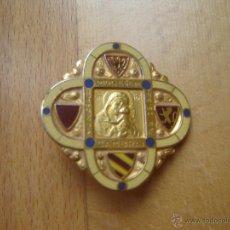Antigüedades: BROCHE CON ESMALTES DIOCESE DE CAMBRAI, VIRGEN DE LOURDES. FRANCIA.. Lote 40861429