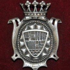 Antigüedades: CONDECORACIÓN EN PLATA SANTA MARÍA DEL MAR DE BARCELONA DEL ORFEBRE RAIMON SUNYER. Lote 145237322
