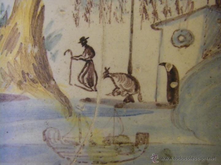 Antigüedades: Azulejo o baldosa procedente de una panel del s. XVIII Alcora, Castellón y Valencia - Foto 5 - 40907703