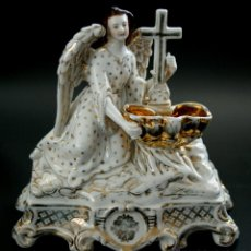 Antigüedades: BELLA BENDITERA DE SOBREMESA - REPRESENTANDO UN ANGEL - PORCELANA CENTROEUROPEA - S. XIX. Lote 40908460