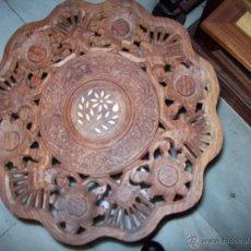 Antigüedades: MESA PEQUEÑA INSCRUSTACIONES NACAR ALTURA 40CM DIAMETRO 37CM. Lote 40916905