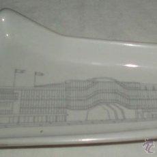 Antigüedades: BANDEJA PORCELANA ITALIANA FERIA INTERNACIONAL DE MILAN. Lote 40929415