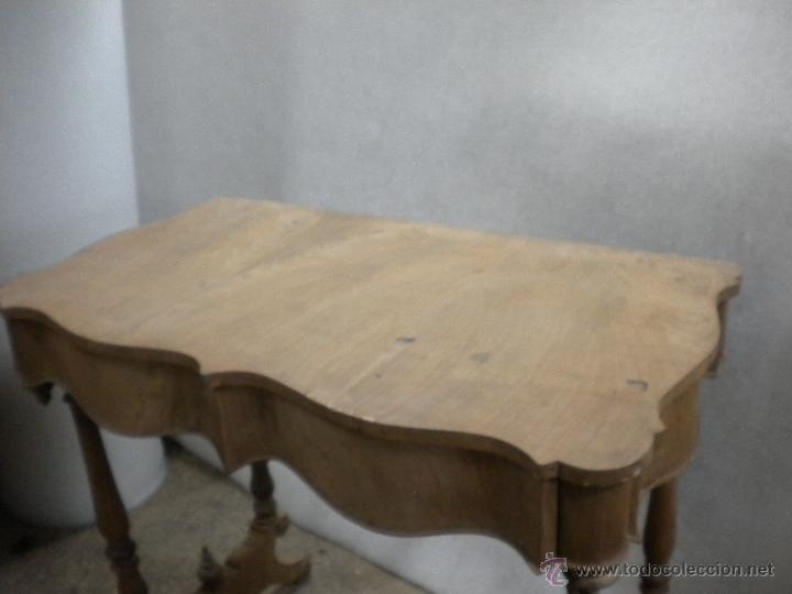 Antigüedades: consola isabelina siglo 19.madera de nogal.medida 98X56 altura 90 cm - Foto 6 - 40938287