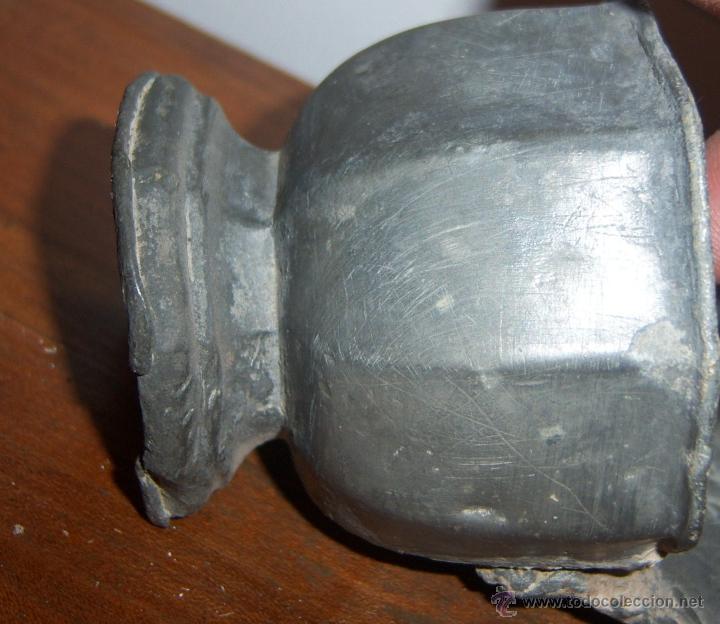 Antigüedades: Benditera de estaño SXVIII - Foto 4 - 40940842