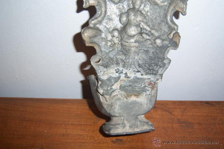 Antigüedades: Benditera de estaño SXVIII - Foto 7 - 40940842