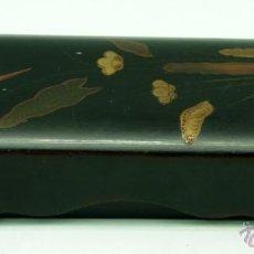 Antigüedades: CAJA LACA ORIENTAL JAPÓN PARA ABANICO Ó GUANTES AÑOS 20 - 30. Lote 41004605