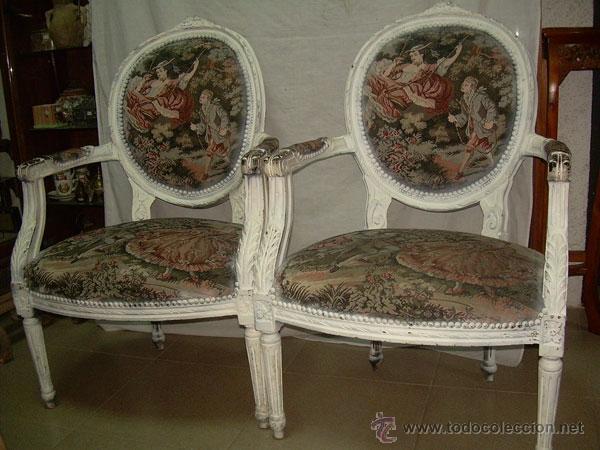 Fabulosa pareja de sillones de madera pintados comprar for Sillones antiguos tapizados