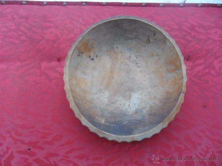 PLATO DE MADERA (Antigüedades - Hogar y Decoración - Platos Antiguos)