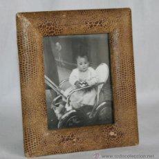 Antigüedades: MARCO ANTIGUO PARA FOTOGRAFIAS - NO SE INCLUYE LA FOTO. Lote 41093360