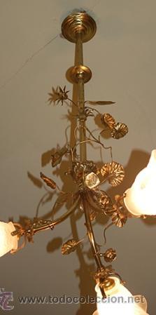 Antigüedades: Bonita Lampara antigua - de Gas - Bronce , cincelado - 3 Tulipas de cristal - Funciona - Foto 2 - 41130514