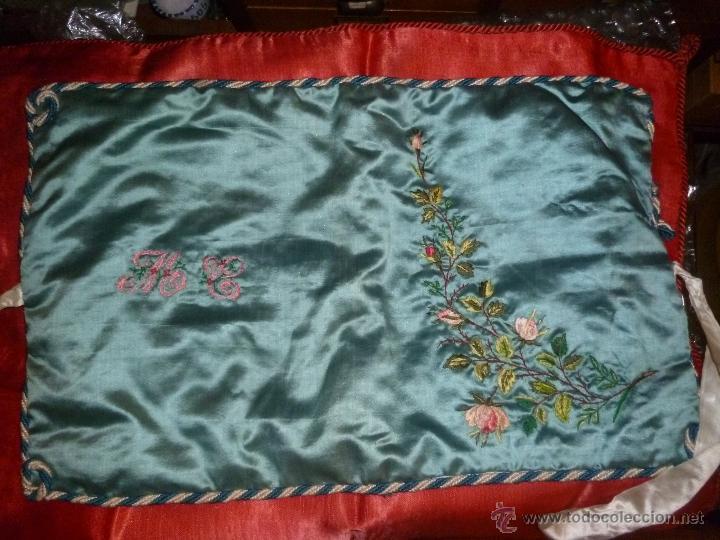 FUNDA-ESTUCHE SEDA ANTIGUO (Antigüedades - Moda y Complementos - Mujer)