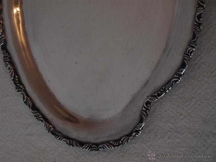 Antigüedades: BANDEJA OVALADA EN PLATA DE LEY CONTRASTADA. 350 GRAMOS. 27 X 19 CM. VER FOTOS Y DESCRIPCION - Foto 3 - 41134049