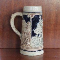 Antigüedades: JARRA DE CERVEZA DE CERAMICA O PORCELANA ALEMANA - NUMERADA – MARCA EN LA BASE . Lote 41299674