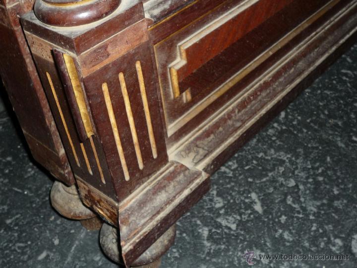 Antigüedades: Cama S. XIX, cabecero, piecero y largueros. - Foto 16 - 41302922