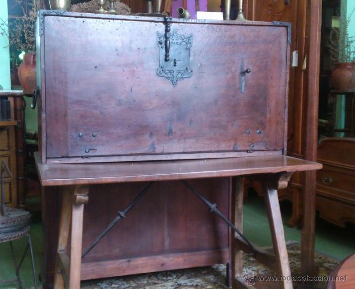 Antigüedades: Bargueño Nogal S.XVIII - Foto 2 - 41339798