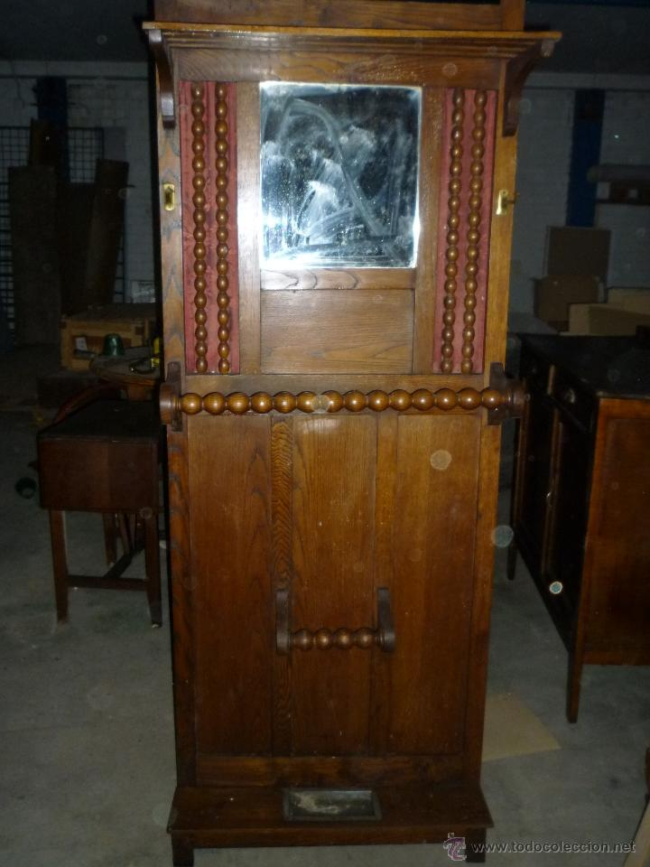 PARAGUERO ANTIGUO FABRICADO EN VITORIA (Antigüedades - Muebles Antiguos - Auxiliares Antiguos)