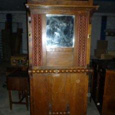 Antigüedades: PARAGUERO ANTIGUO FABRICADO EN VITORIA. Lote 41345821