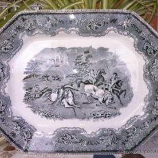 Antigüedades: ANTIGUA BANDEJA DE CARTAGENA, ESCENA LA CAZA DEL TORO, SELLO INCISO Y TINTA. Lote 41358596