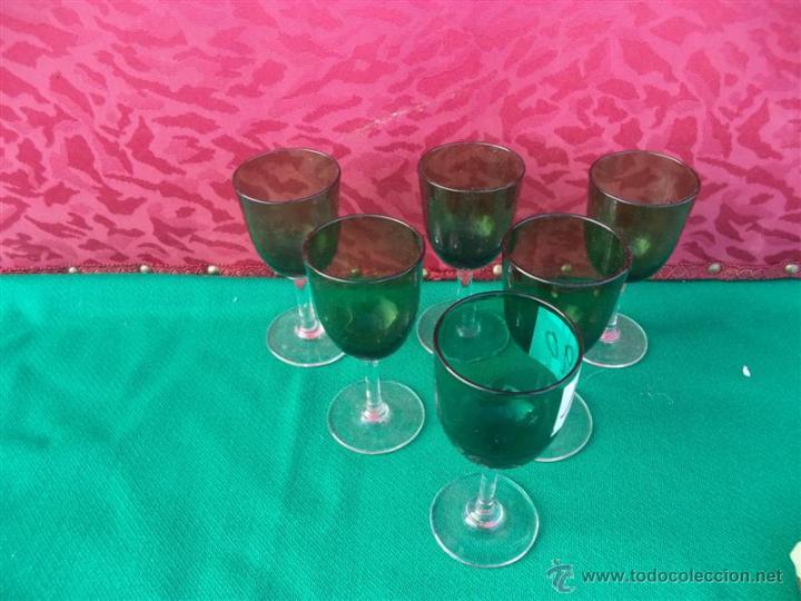 Antigüedades: 6 copas en tono verde - Foto 2 - 41398761