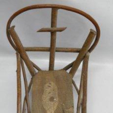 Antigüedades: CUNA DE NIÑO JESUS,HECHA DE RAMA,AÑOS 60 Ó 70. Lote 41425962