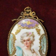 Antigüedades: ESPECTACULAR ESPEJO DE MANO LUIS XVI EN BRONCE Y PORCELANA PINTADA DEL SIGLO XIX. Lote 41426397