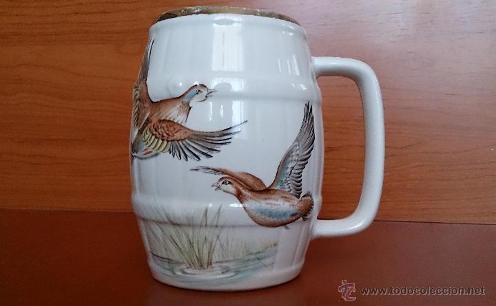 Antigüedades: Antigua taza en ceramica PICKMAN SEVILLA CARTUJA, con motivos de aves y filo de oro. - Foto 2 - 41443927