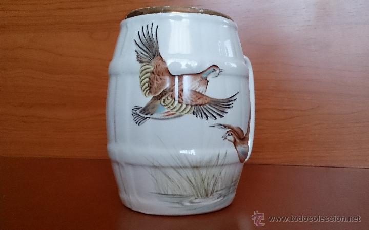 Antigüedades: Antigua taza en ceramica PICKMAN SEVILLA CARTUJA, con motivos de aves y filo de oro. - Foto 3 - 41443927