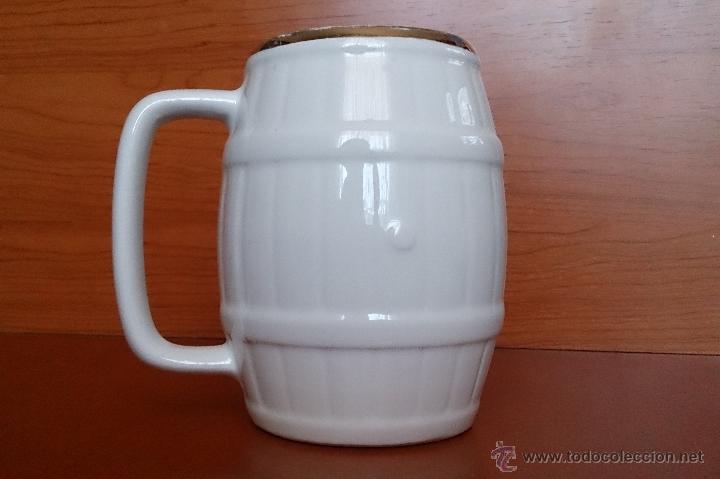 Antigüedades: Antigua taza en ceramica PICKMAN SEVILLA CARTUJA, con motivos de aves y filo de oro. - Foto 6 - 41443927