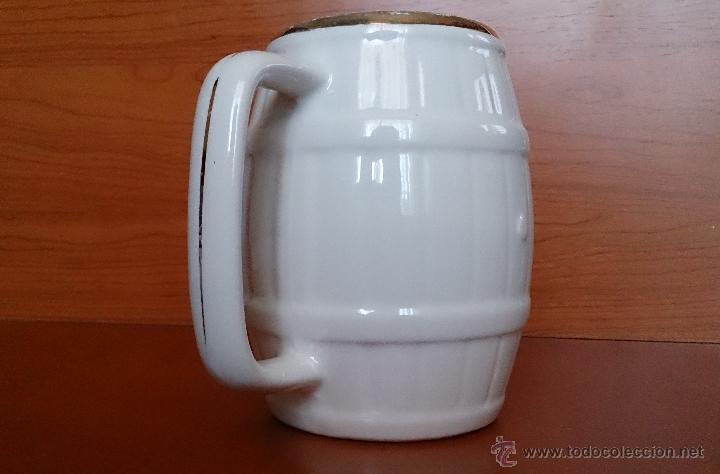 Antigüedades: Antigua taza en ceramica PICKMAN SEVILLA CARTUJA, con motivos de aves y filo de oro. - Foto 7 - 41443927