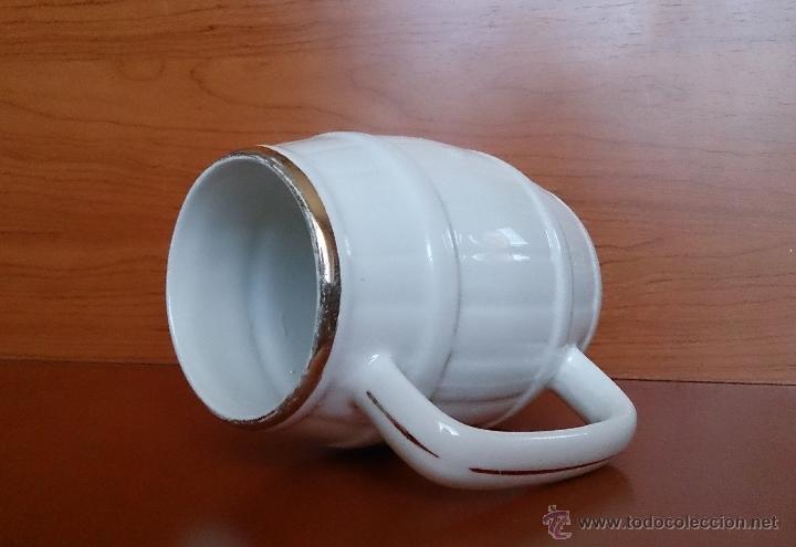 Antigüedades: Antigua taza en ceramica PICKMAN SEVILLA CARTUJA, con motivos de aves y filo de oro. - Foto 11 - 41443927
