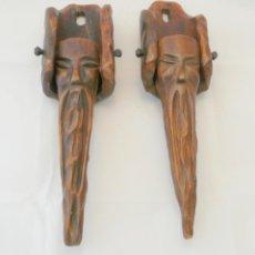 Antigüedades: DOS APLIQUES PORTAVELAS -MADERA TALLADA A MANO, ESTILO RENACIMIENTO ESPAÑOL. Lote 41447168