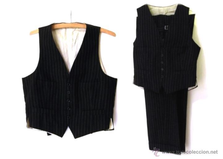 627b504c0d8 Traje de lana 2 piezas Conjunto chaleco y pantalón años 30 1930 Gángster  raya diplomática