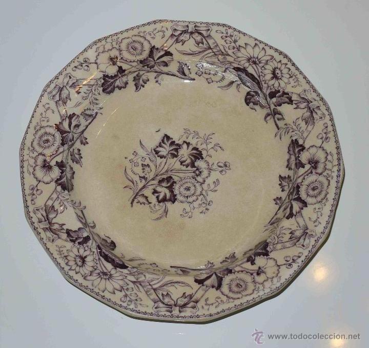 RARO PLATO DE SAN JUAN DE AZNALFARACHE. S. XIX (Antigüedades - Porcelanas y Cerámicas - San Juan de Aznalfarache)