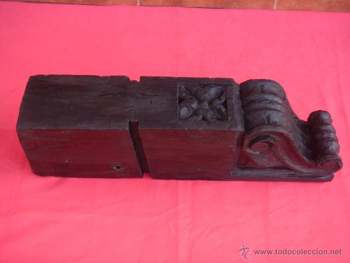 MÉNSULA, CAPITEL O PEANA ANTIGUA DE MADERA -S. XVIII-. BARROCO SEVILLANO. DIM.-57,5X16,5X12 CMS. (Antigüedades - Muebles Antiguos - Ménsulas Antiguas)