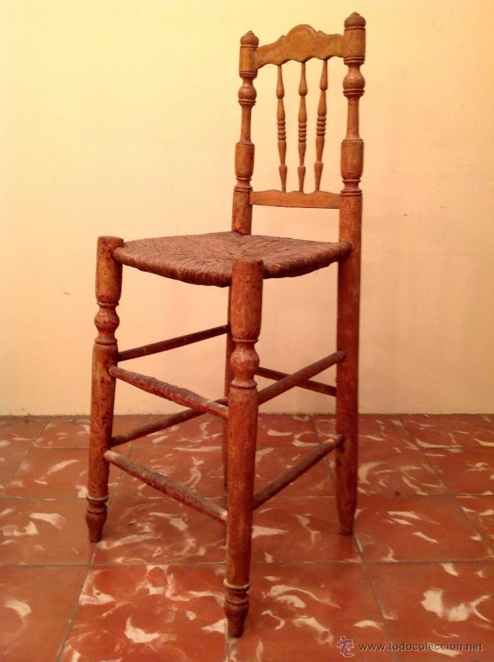 ANTIGUA TRONA SILLA DE MADERA MUY DECORATIVA (Antigüedades - Muebles Antiguos - Sillas Antiguas)