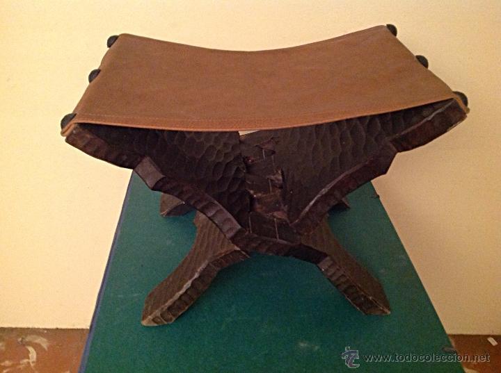 Antigüedades: Dos Elegantes Banquetas Tipo Tijera De Piel Y Madera - Foto 2 - 41491457