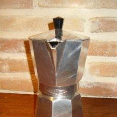 Antigüedades: CAFETERA GRANDE DE ALUMINIO,MARCA CRUSINALLO ITALY MODELO &MORENITA&.. Lote 41517179