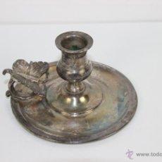 Antigüedades: PALMATORIA PARA VELA EN METAL PLATEADO ASA CON MARIPOSA. S. XIX. . Lote 41544108