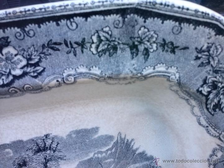 Antigüedades: antigua fuente o ensaladera de cartagena,escena del toro. sello inciso y tinta. - Foto 3 - 41589756