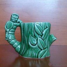 Antigüedades: ANTIGUA Y ORIGINAL TAZA EN CERAMICA VERDE VIDRIADA ( ARBOL CON GUSANO ).. Lote 41596143