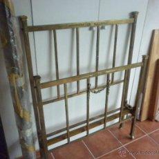 Antigüedades: CAMA DE METAL MUY ANTIGUA DE 90 CM. Lote 41598324